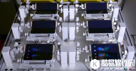 三星折叠屏Galaxy Fold测试:可开合20万次 能用5年